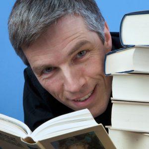Der Sprecher Henning Freiberg spricht fast 20 Hörbücher für geophon.